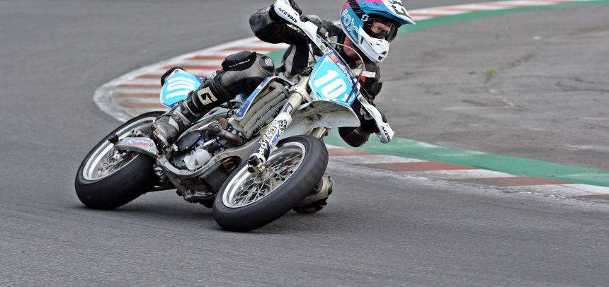 Supermoto w Motoparku